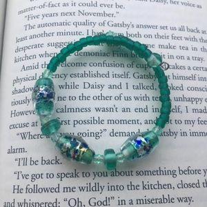 Jewelry - 208: Green Wire Bracelet